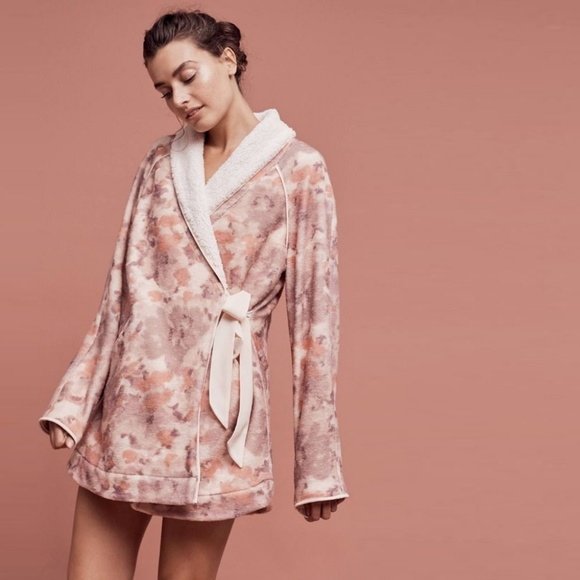 Anthropologie Other - Lilka Robe Printed Sherpa Fuzzy Wrap